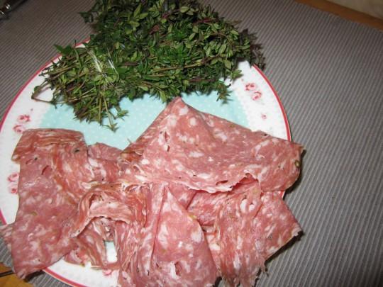 Aromatisch: Fenchel-Salami und frischer Thymian