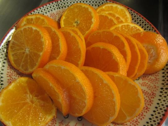 Clementinen in Scheiben
