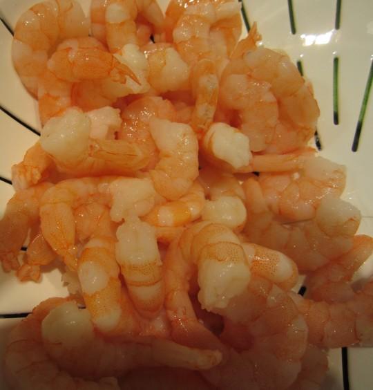 Das sind die kleinen Tiger-Shrimps für unsere Shrimps-Paste.