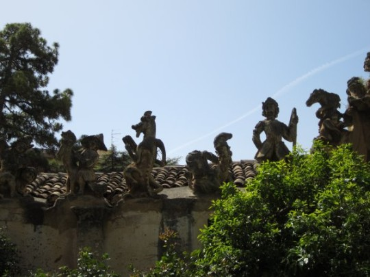 Bagheria: 15 Villen aus dem Barock, Villa Palagonia – die Villa der Monster – ist einen Extrablick wert.