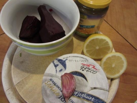Die Zutaten zum Rote-Beete-Salat aus Syrien