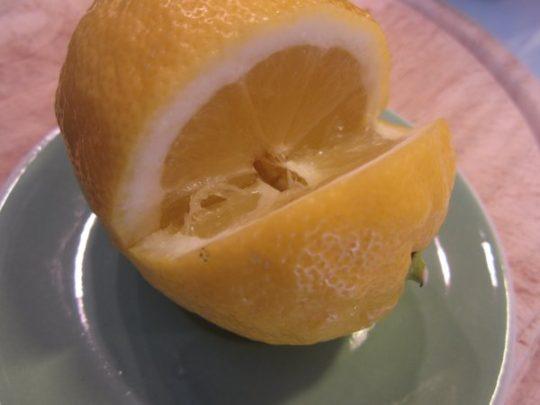 Zitrone gibt unserem Süppchen Pfiff