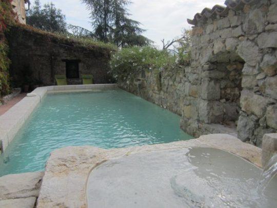Der Pool im La Parare - da wollen Sie auch gern baden gehen, oder?