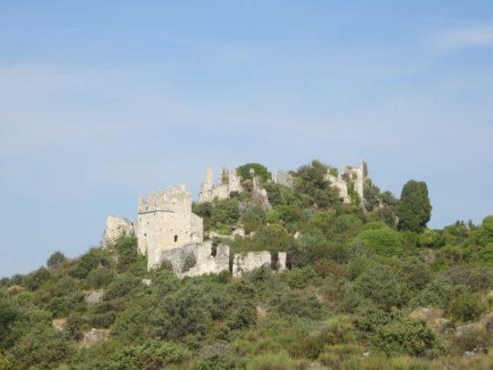 Ruinen über La Parare - ein Ausflug, der sich gelohnt hat